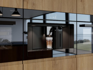 Dieser hochwertige TouchControl-Einbauvollautomat im schicken Spiegelglas-Design bereitet diverse Kaffeespezialitäten zu wie z. B. auch einen Flat white, Americano, Espresso macchiato, Ristretto oder Doppio. (Foto: AMK)
